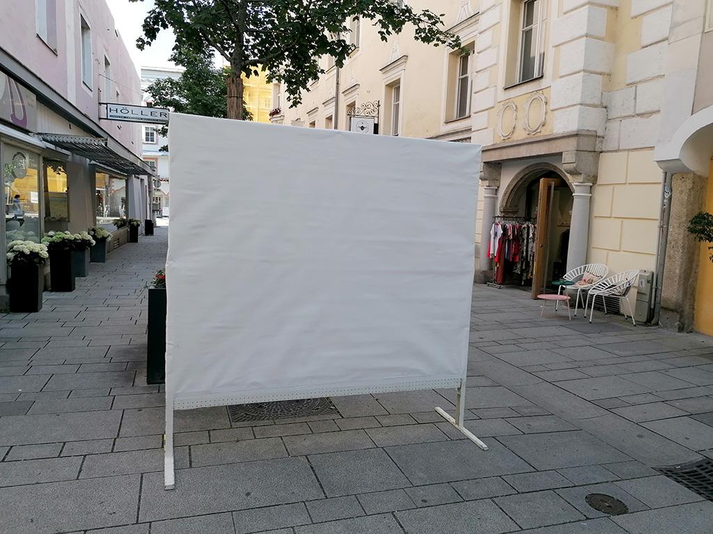 Birgit Schweiger: Mobile Spontanzeichnungen